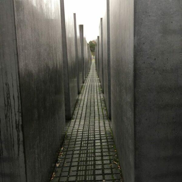 Erwin Schenzel - holocaustmonument